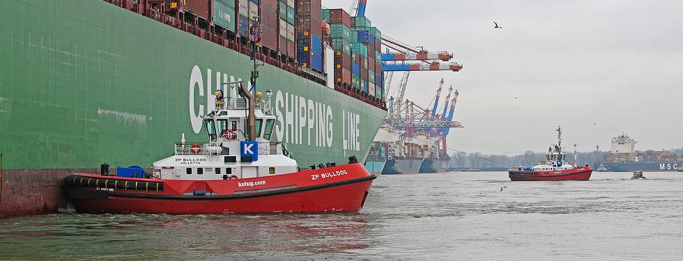 Schlepper im Hamburger Hafen, Foto: Ulrich Schaub